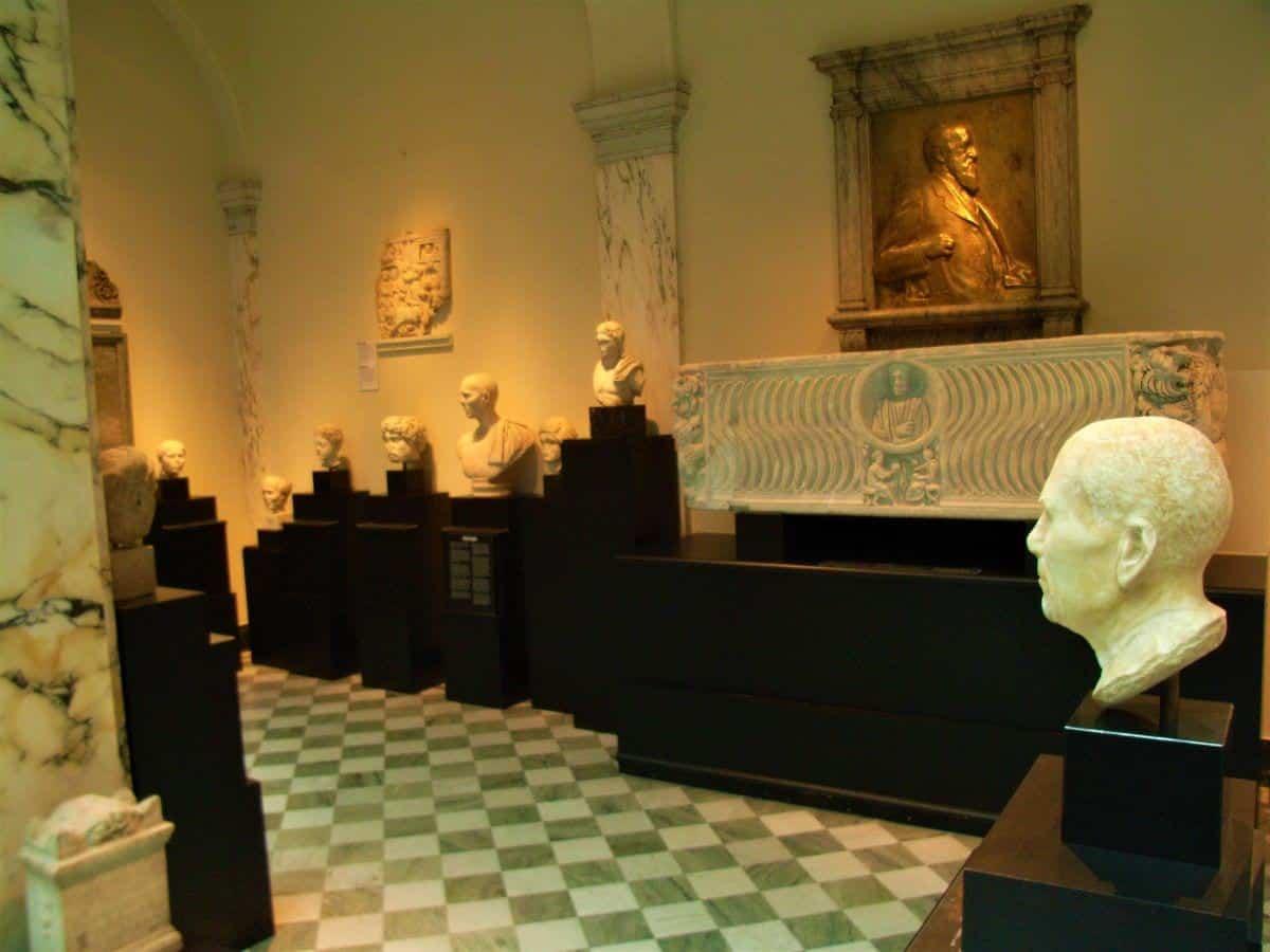 Museums in Stockholm: Medelhavs Museet