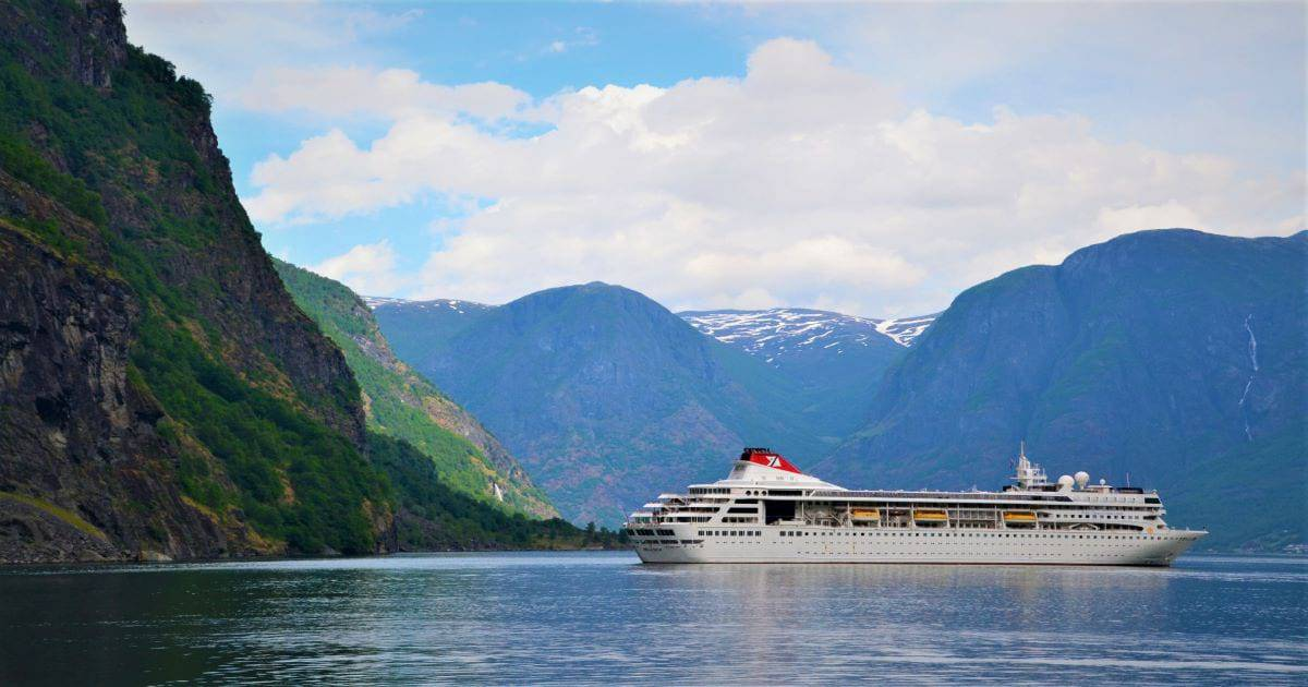 Fjord ship cruise ship f