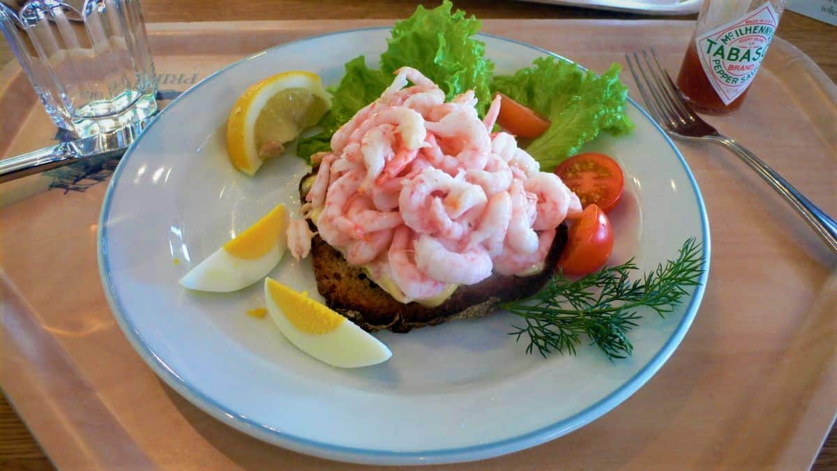 Shrimp Sandwich (Toast Skagen)