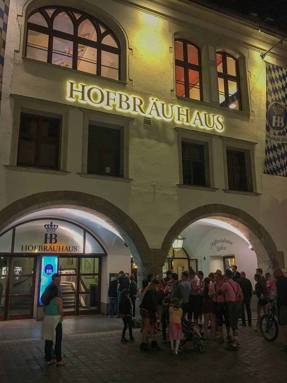 top tourist attractions in munich germany hofbrauhaus