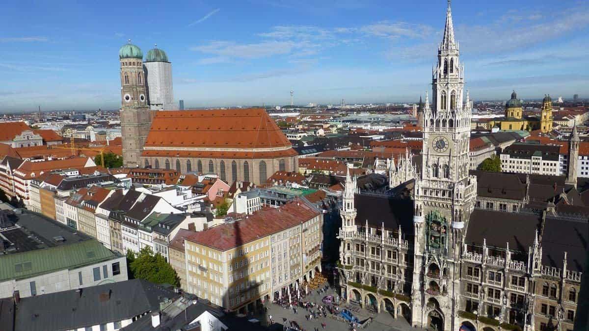 top tourist attractions in munich germany marienplatz